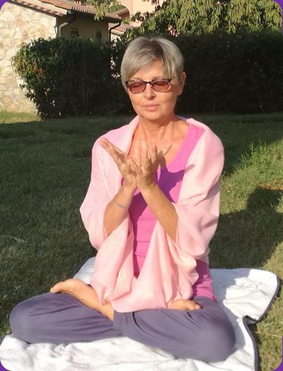 Foto Luciana che medita